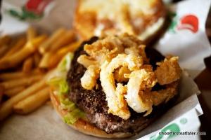 The Chili's Ground Peppercorn Burger!