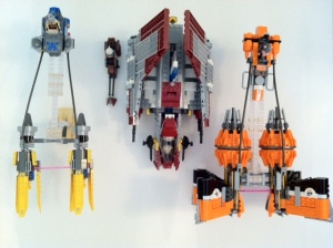 LEGO 7962 Scale Comparison