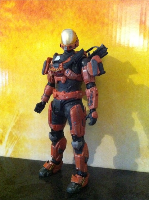 TOY REVIEW: Halo Reach Series 4 Spartan CQC (Rust) and Rust