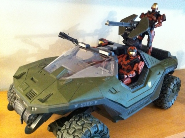 Halo Warthog with Rust Orange Spartan Squad