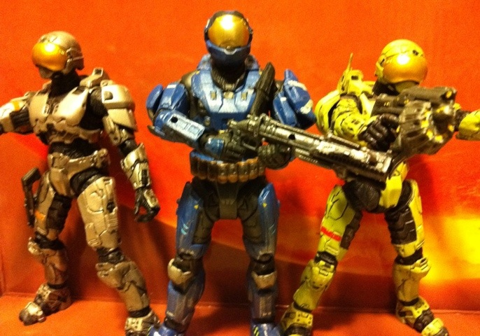 TOY REVIEW: Security Spartan (Blue) Halo Reach Series 5