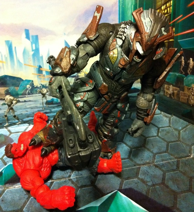 TOY REVIEW: Brute Chieftain Halo Reach Series 5 Action ...  TOY REVIEW: Bru...