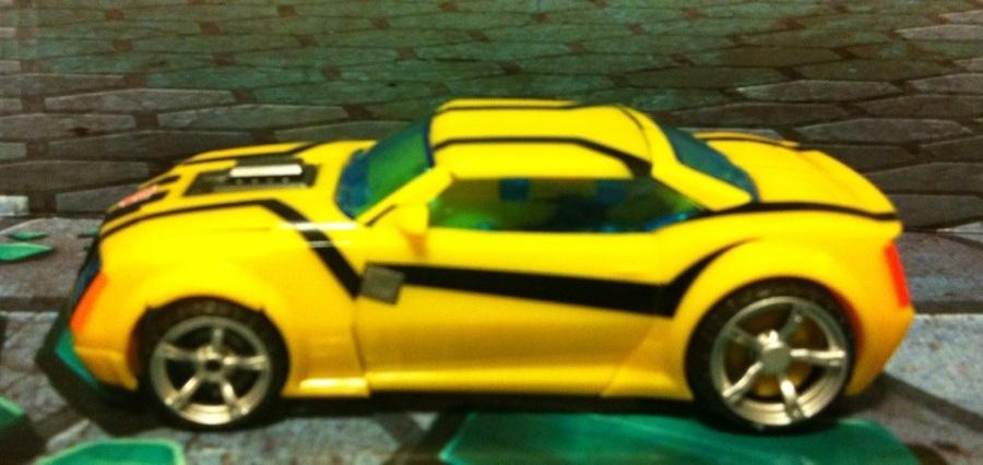 Transformers Prime Bumblebee Sports Car Vehicle Mode